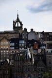 Cityscape van Edinburgh met St Giles ` Kathedraaltoren royalty-vrije stock afbeeldingen