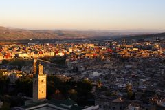 Cityscape van Fesmarocco op de zonsondergang