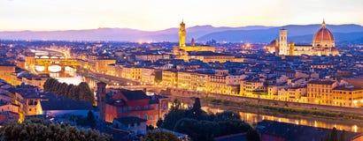 Cityscape van Florence panoramische avondmening stock afbeeldingen