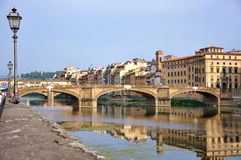 Cityscape van Florence tegen dag, Ponte Vecchio Stock Afbeeldingen