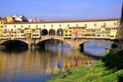 Cityscape van Florence tegen dag, Ponte Vecchio Stock Foto's