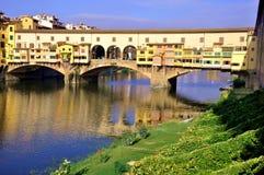 Cityscape van Florence tegen dag, Ponte Vecchio Royalty-vrije Stock Foto