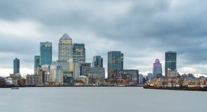 Cityscape van Londen Canary Wharf Stock Afbeeldingen