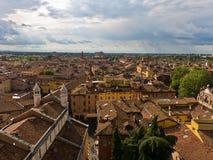Cityscape van Modena, middeleeuwse die stad in Emi wordt gesitueerd stock fotografie