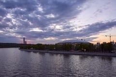 Cityscape van Moskou bij zonsondergang Royalty-vrije Stock Afbeelding
