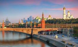 Cityscape van Moskou in Rusland, het Kremlin stock afbeelding