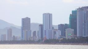 Cityscape van Nhatrang Strand Front South China Sea HD stock videobeelden