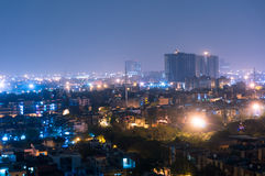 Cityscape van Noida bij nacht Stock Foto's