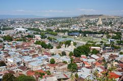 Cityscape van oud Tbilisi, mening van Narikala-vesting, Georgië Royalty-vrije Stock Fotografie
