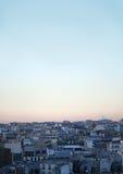 Cityscape van Parijs, stedelijk dak Stock Foto
