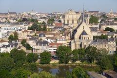 Cityscape van Poitiers, Frankrijk stock fotografie