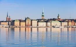 Cityscape van Stockholm Het eiland van Gamlastan Stock Afbeeldingen