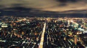 Cityscape van Taipeh van hierboven bij nacht Royalty-vrije Stock Fotografie