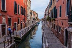 Cityscape van Venetië, waterkanalen en traditionele gebouwen Italië, Europa Royalty-vrije Stock Foto's