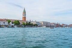 Cityscape van Venetië, waterkanalen en traditionele gebouwen Italië, Europa Royalty-vrije Stock Foto