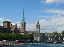 Cityscape van Zürich in de zomer Royalty-vrije Stock Afbeelding