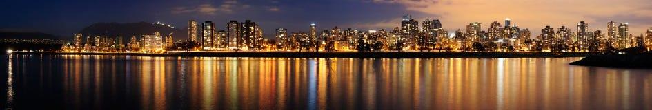 Cityscape, Vancouver, Nacht Stock Afbeeldingen