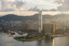 CityscapeHong Kong soluppgång Royaltyfri Bild