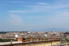 Cityscapen av en stad i Italien Royaltyfria Bilder