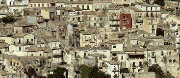 Cityscapen av staden av Ragusa Ibla Arkivbild