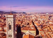 Cityscapepanorama av i Florence, Tuscany, Italien Sikt från Flo Arkivbilder
