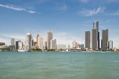 Cityscapesikt av Detroit Michigan Arkivbild