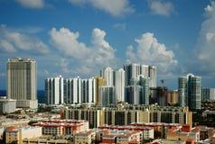 Cityview de la playa asoleada de las islas, la Florida Fotos de archivo