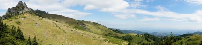Ciucas山在罗马尼亚25 -全景 库存照片
