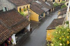 Ciudad antigua de Hoi An en un día lluvioso Fotos de archivo libres de regalías