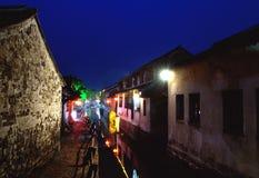 Ciudad antigua del agua de Zhouzhuang suzhou en la noche foto de archivo libre de regalías