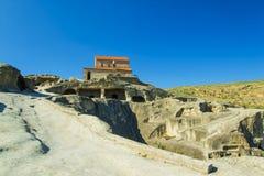 Ciudad antigua Uplistsikhe, iglesia vieja de la cueva de la región de Georgia Caucasian Foto de archivo libre de regalías