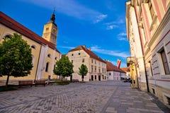 Ciudad barroca de la opinión de la calle de Varazdin fotos de archivo libres de regalías