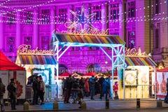 Ciudad céntrica de Bucarest del mercado de la Navidad Imagen de archivo libre de regalías