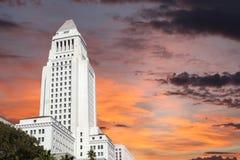 Ciudad céntrica Hall Building de Los Ángeles con el cielo de la salida del sol Fotos de archivo