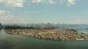 Ciudad con los rascacielos, opinión aérea de Manila de Filipinas metrajes