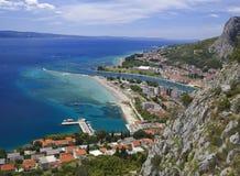 Ciudad Croacia de Omis Imagenes de archivo