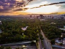 Ciudad de墨西哥- Reforma大道日落射击 库存图片