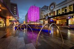 Ciudad de Adelaide, alameda de Rundle, demostración de la luz de la linterna de Rundle Imagen de archivo