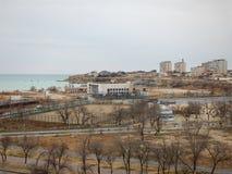 Ciudad de Aktau en el mar Fotos de archivo