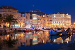 Ciudad de Aveiro - imagen de la noche Imágenes de archivo libres de regalías