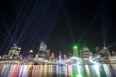 Ciudad de Brisbane de la demostración de las luces Imagen de archivo libre de regalías