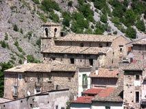 Ciudad de Cansano de Abruzos Foto de archivo