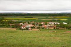 Ciudad de Castrotierra del La Valduerna en primavera Fotografía de archivo