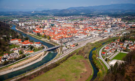 Ciudad de Celje, panorama, Eslovenia Imagenes de archivo