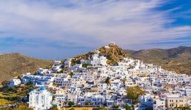Ciudad de Chora, isla del IOS, Cícladas, egeas, Grecia imagen de archivo