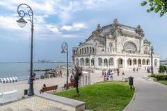 Ciudad de Constanta en Rumania - casino viejo imagen de archivo libre de regalías