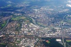 Ciudad de Europa de la visión aérea foto de archivo libre de regalías