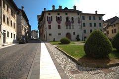 Ciudad de Feltre, Véneto, Italia Fotos de archivo libres de regalías