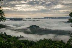 Ciudad de Hatyai en la niebla Fotos de archivo libres de regalías