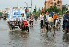 Ciudad de Ho Chi Minh, marea del lood, agua inundada fotografía de archivo